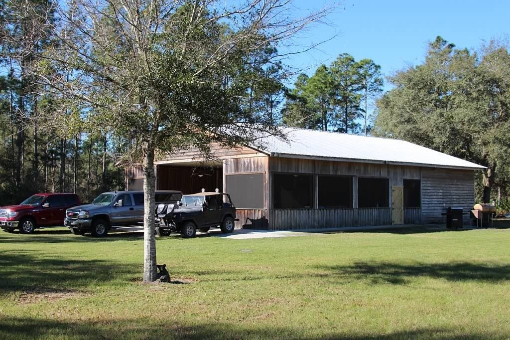 Hunting-in-florida-facilities-two-1024x682
